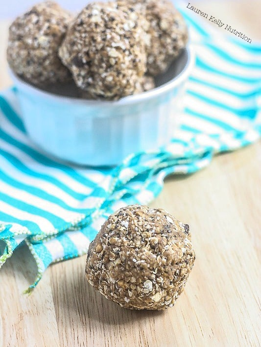 These Peanut Butter Flax Balls take minutes to prepare and are crazy healthy!