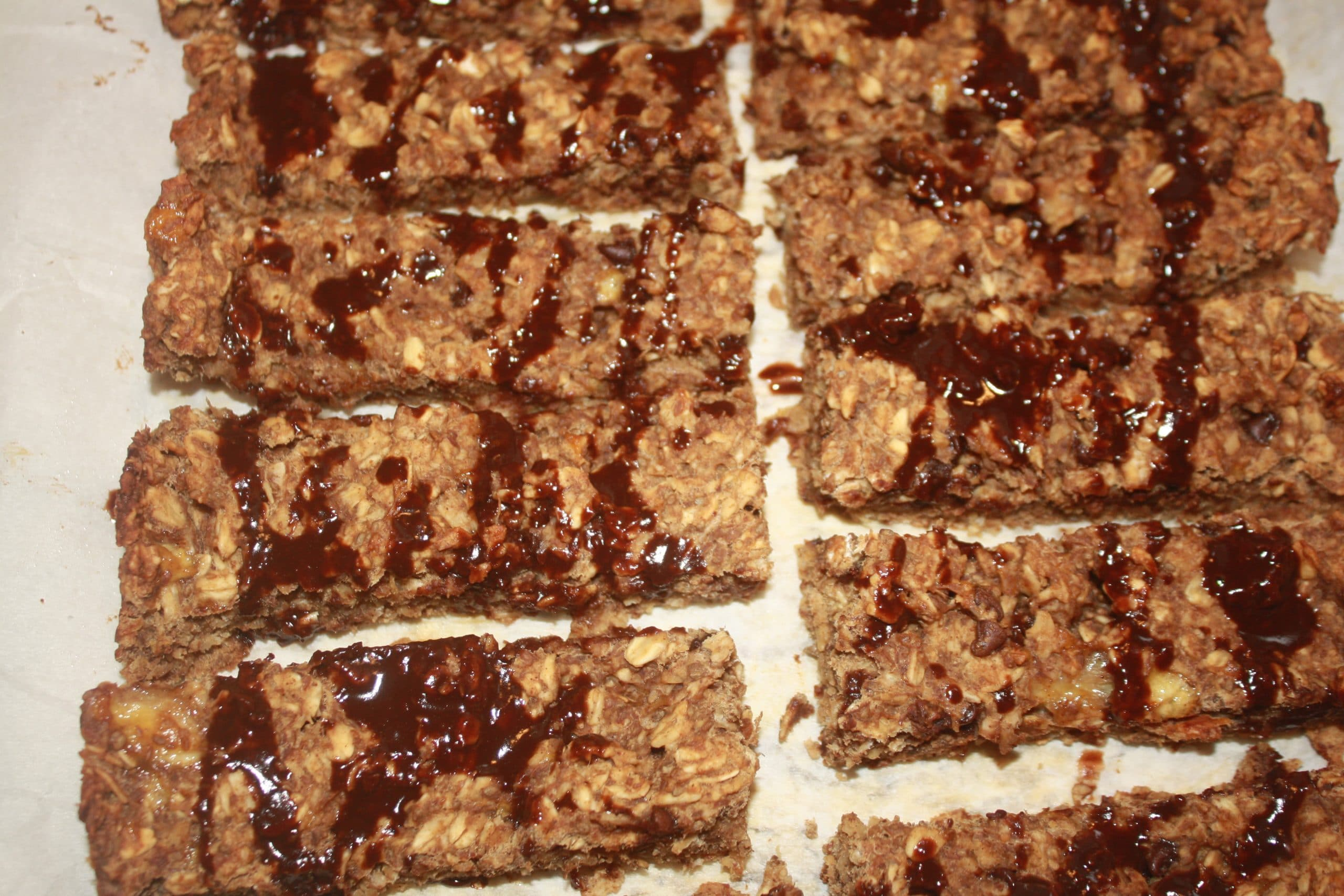 banana-bread-protein-bars