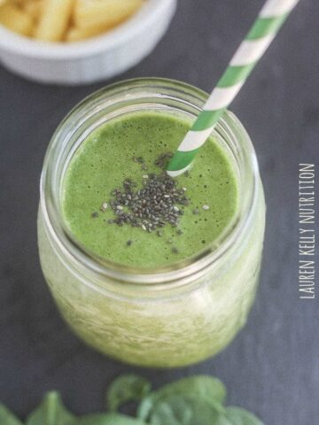 My Favorite Green Smoothie | Lauren Kelly Nutrition