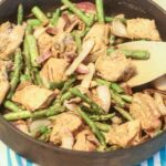 Asparagus and Chicken in Peanut Sauce