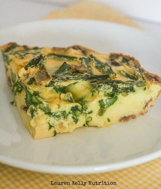 Asparagus Bacon Feta Crustless Quiche | Lauren Kelly Nutrition