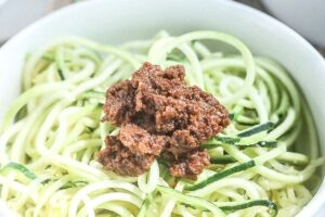 Zucchini Spiralized Noodles with Sundried Tomato Pesto
