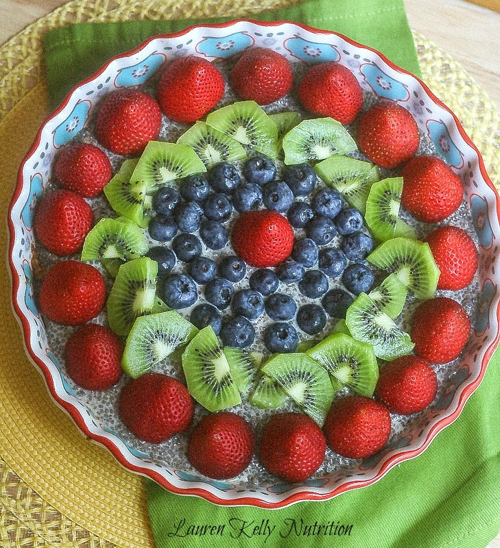 Vanilla Chia Pudding Pie with Almond Crust ~ Lauren Kelly Nutrition #vegan #glutenfree #dairyfree