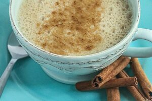 Apple Chai Latte from Lauren Kelly Nutrition