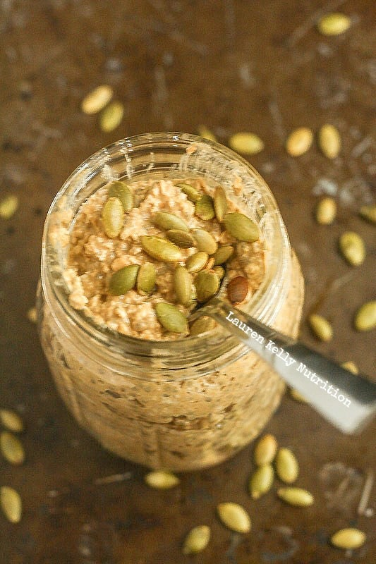 Pumpkin Spice Overnight Oats are healthy, vegan and gluten-free!