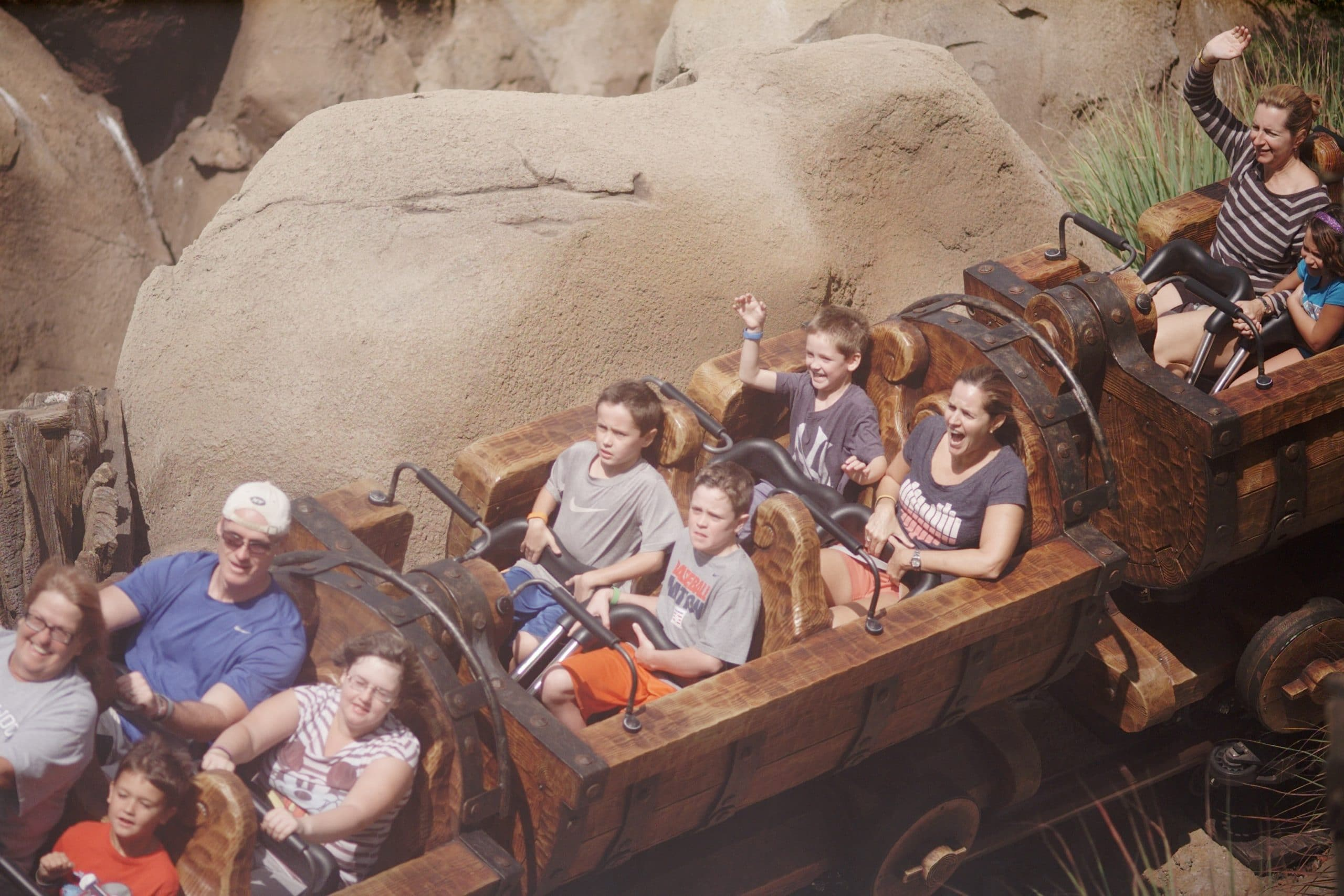 mine train family disney2