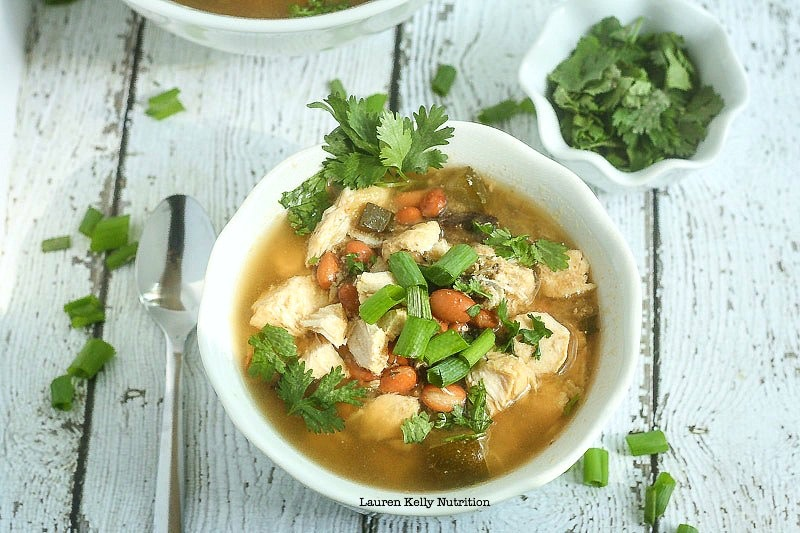 This Slow Cooker White Chicken Chili is low carb, healthy and delicious!