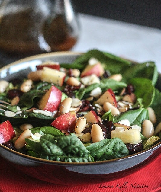 This Cranberry Apple Salad takes minutes to prepare and is delicious! #PompeianHoliday