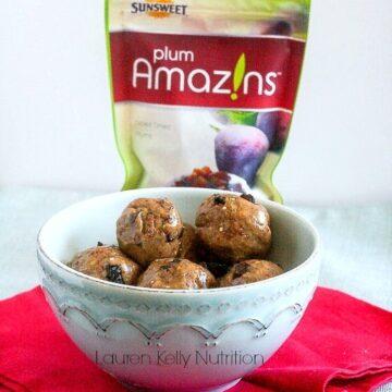 Healthy Almond Butter Quinoa Snacks #nobake #vegan #TheFeelGoodFruit #CG