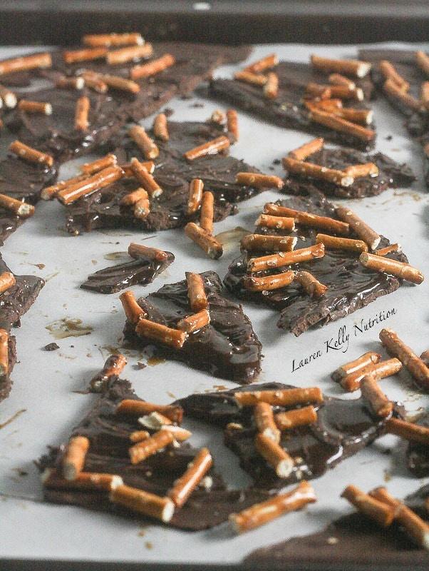 Dark Chocolate Salted Caramel Pretzel Bark #vegan #dairyfree #glutenfree #dairyfree