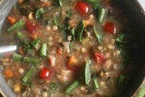 Vegetable Barley Soup {Vegetarian, Vegan and Gluten-Free Options}