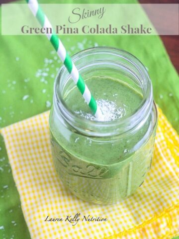 Skinny Green Pina Colada Smoothie from Lauren Kelly Nutrition