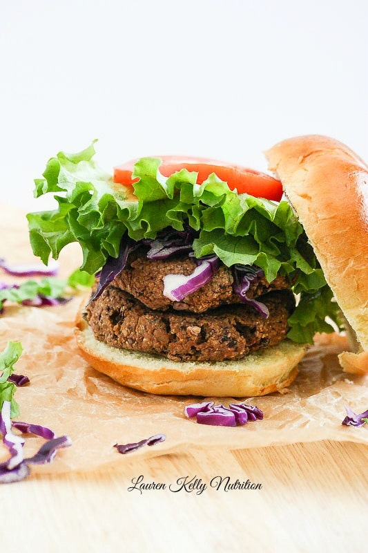 These Thai Black Bean Veggie Burgers are super easy to make and so delicious! #vegan #glutenfree #dairyfree