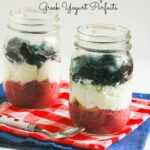 These Red White & Blue Chia Pudding Greek Yogurt Parfaits are the perfect, healthy snack for the holidays! www.laurenkellynutrition.com #healthy