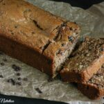 This Peanut Butter Chocolate Chip Banana Bread is gluten-free, easy to make and crazy delicious! www.laurenkellynutrition.com