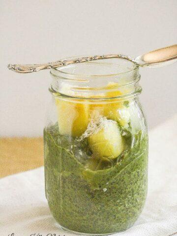 Green Tea Matcha Chia Pudding Parfaits from Lauren Kelly Nutrition #vegan