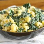 Kale and Cheddar Macaroni and Cheese {Lightened Up with Greek Yogurt}