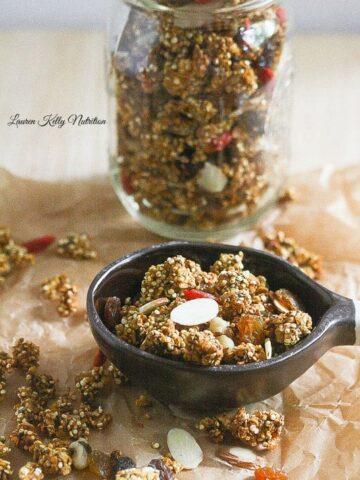 Slow Cooker Pumpkin Spice Quinoa Granola from Lauren Kelly Nutrition #Vegan #glutenfree #dairyfree