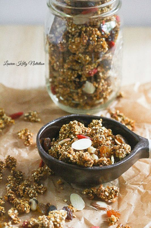 Slow Cooker Pumpkin Spice Quinoa Granola from Lauren Kelly Nutrition #Vegan #glutenfree #dairyfree