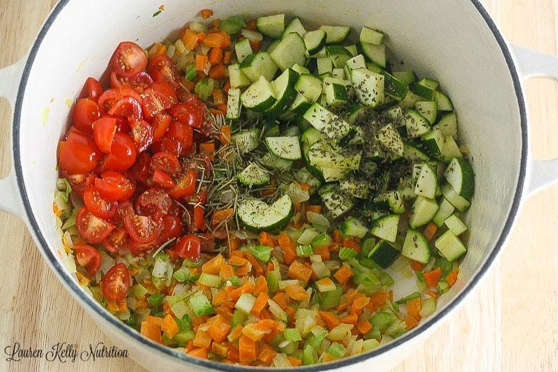 recipe: simple minestrone soup [2]