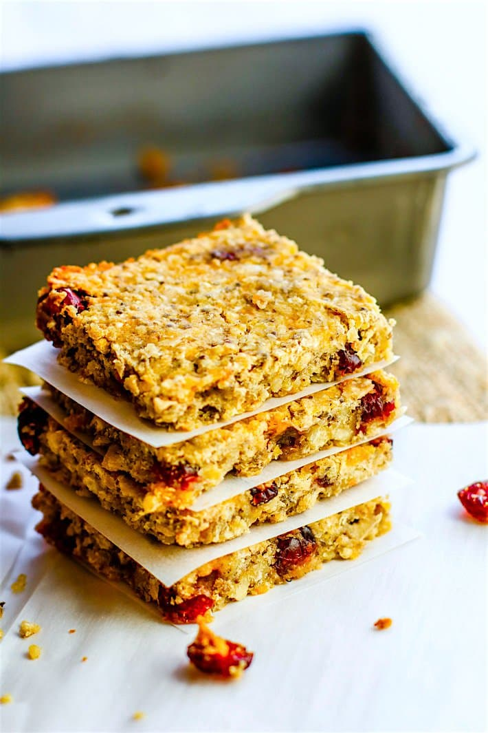 homemade-Vegan-Protein-Bars-with-Chickpeas-gluten-free-2-of-1-4