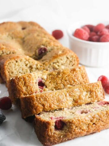 Gluten Free Raspberry Banana Bread made lighter, healthier and still delicious! www.laurenkellynutrition.com