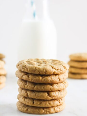 Chewy, Simple to Make, Gluten Free Peanut Butter Cookies from Lauren Kelly Nutrition