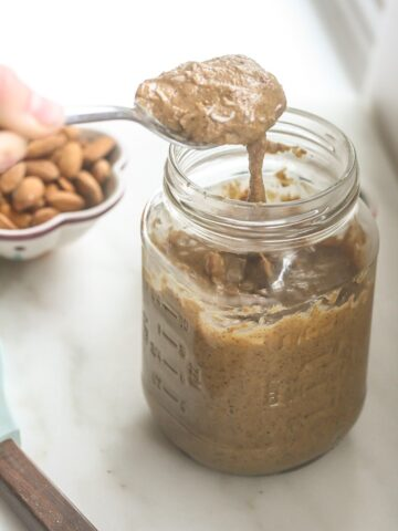 This delicious Coconut Almond Butter is vegan, healthy and simple to make! www.laurenkellynutrition.com