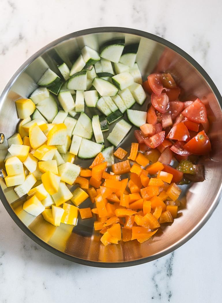 Farmer's Market Vegetable Quesadilla from Lauren Kelly Nutrition #MissionOrganics
