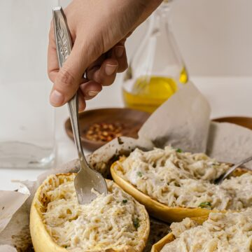 Light, healthy and simple to make, this Alfredo Spaghetti Squash will be your new favorite comfort food!