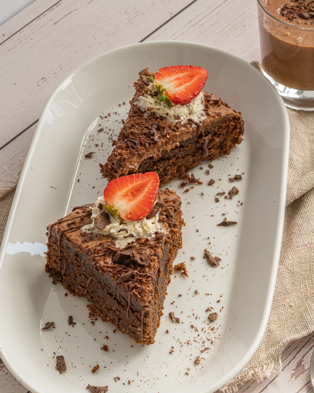 Smooth, rich and decadent, this Low Carb Almond Flour Cake will satisfy the biggest chocolate lovers! It's also gluten free, grain free, sugar free and keto friendly.