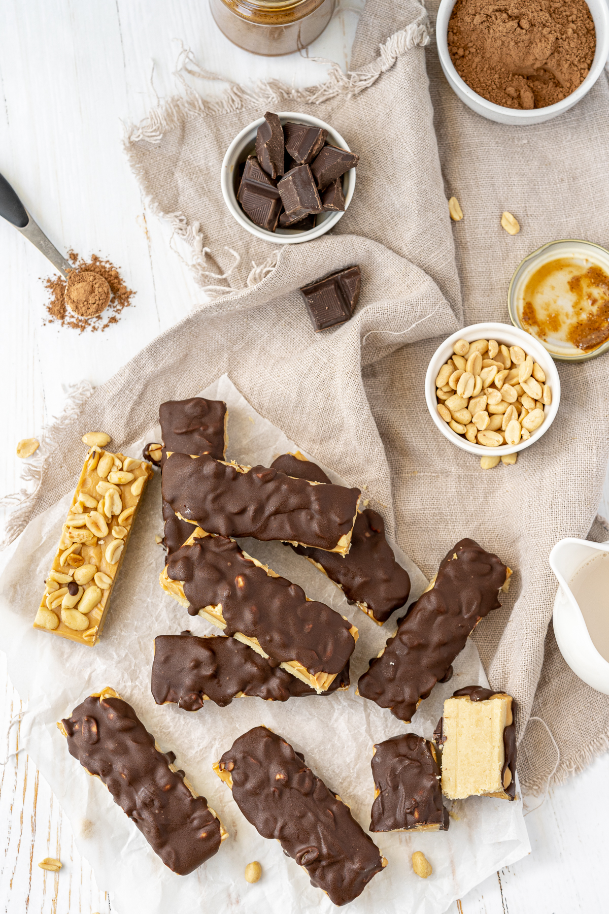 Simple to make, low carb, healthy and delicious, These No Bake Homemade Snickers Bar will be your new favorite treat!