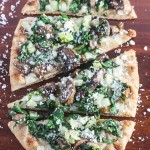 This Baby Bok Choy Mushroom Pizza is light, crispy and packed with flavor! www.laurenkellynutrition.com
