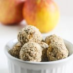 These Apple Pie Bites are made with wholesome ingredients that taste like apple pie minus all the calories and fat! {V, GF, DF}